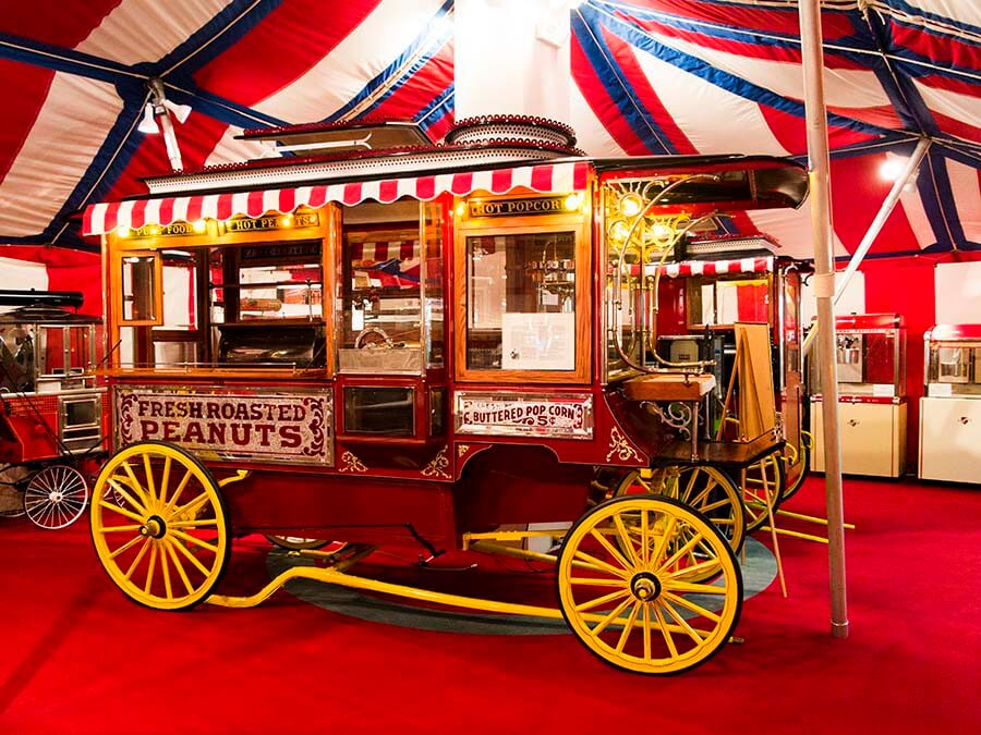 Old Popcorn Wagon